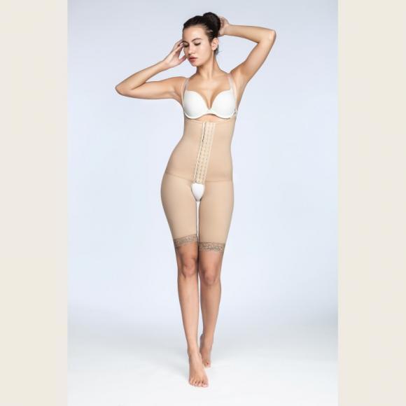 Бандаж компрессионный  для коррекции талии, бедер, после липосакции родов выше колен